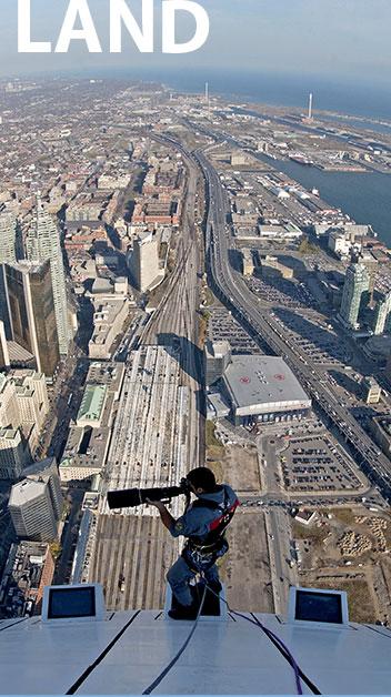 Екстремна фотография на най-високата кула в света