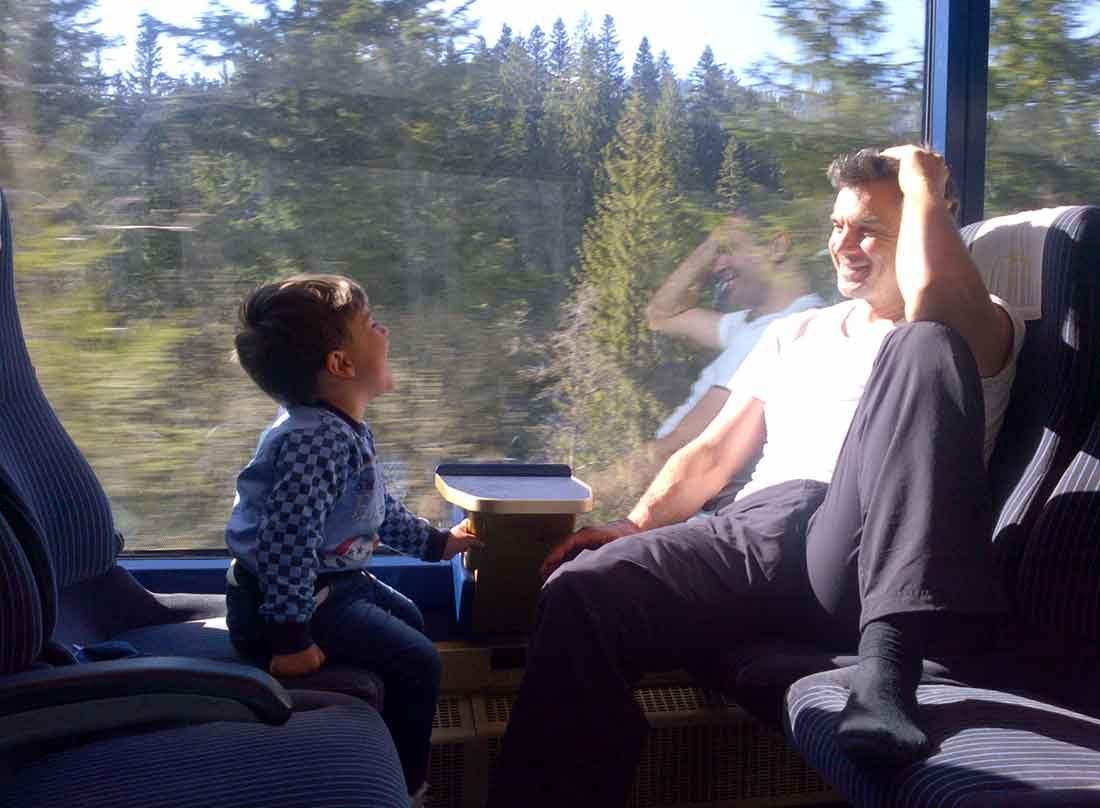 Иванчо: Сърдечен разговор между баща и син на път за Алпите