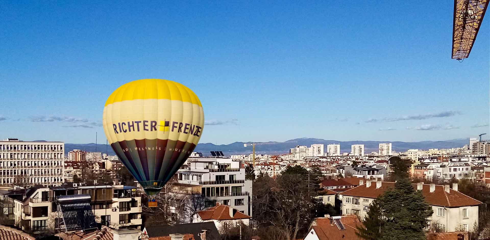 Продава се апартамент, ново строителство, бул. Братя Бъкстон 44, от където ще се излети с топловъздушен балон